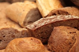 chleb z płatkami